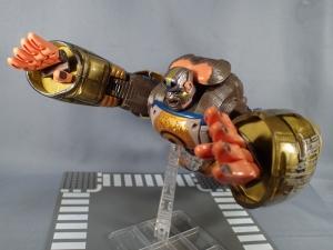 トランスフォーマー TFアンコール リターンズ コンボイ ロボットモード (44)