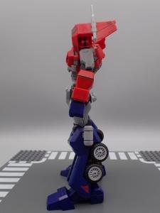 Flame Toys 風雷模型 トランスフォーマー オプティマス・プライム (7)