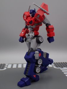 Flame Toys 風雷模型 トランスフォーマー オプティマス・プライム (35)