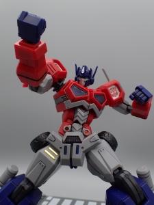 Flame Toys 風雷模型 トランスフォーマー オプティマス・プライム (54)