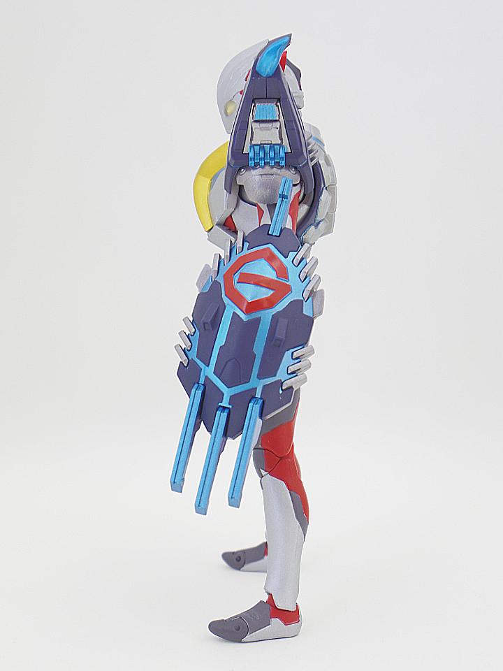 SHF ウルトラマンX32