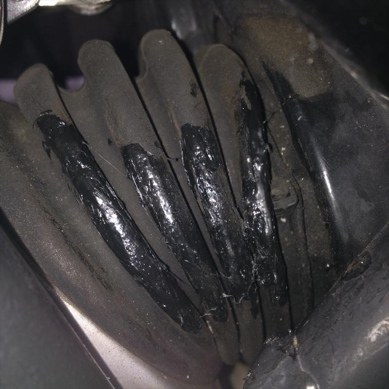 R1200STラバーブーツ修理003