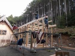 本郷八幡神社建て方2
