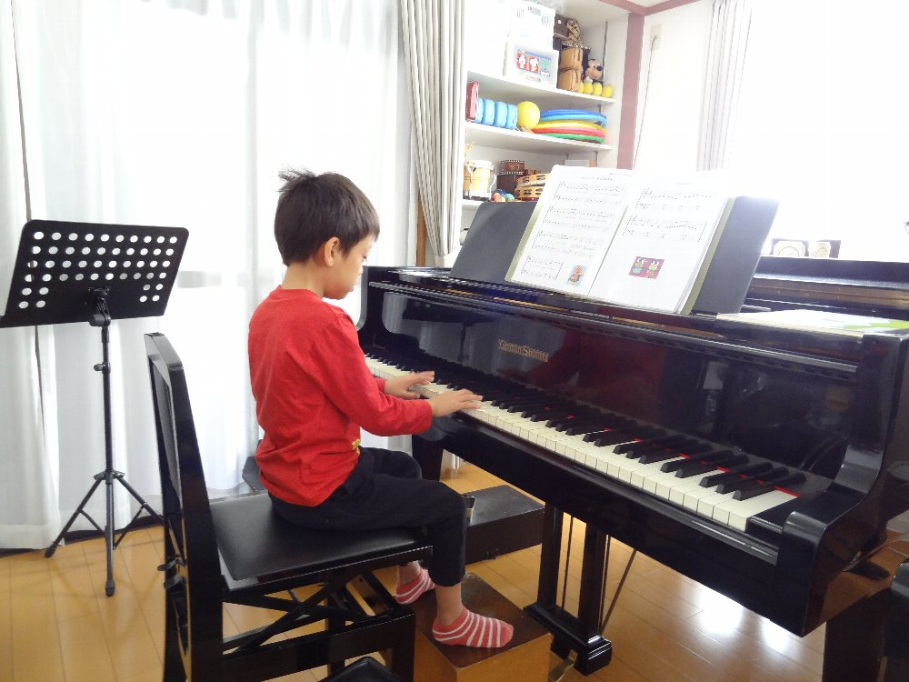 未就学児のピアノレッスン