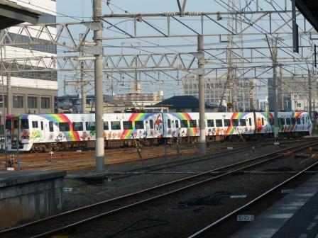 8000系アンパンマン列車 1