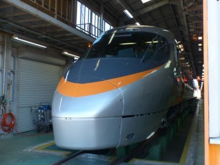 JR四国多度津工場 3  8000系