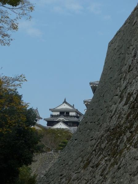 大天守 と太鼓櫓の石垣