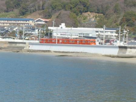 伊予鉄道・郊外電車 3 海と