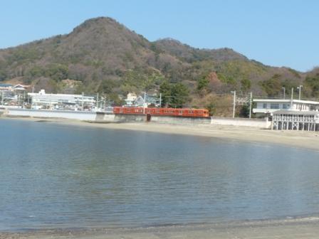 伊予鉄道・郊外電車 4 海と