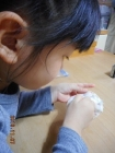 針で縫い物