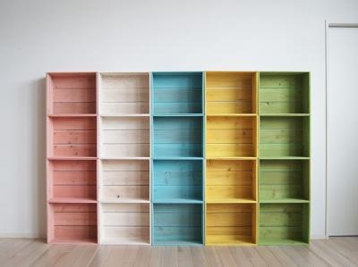 色塗り木箱写真
