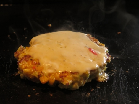 コーンチーズお好み焼き