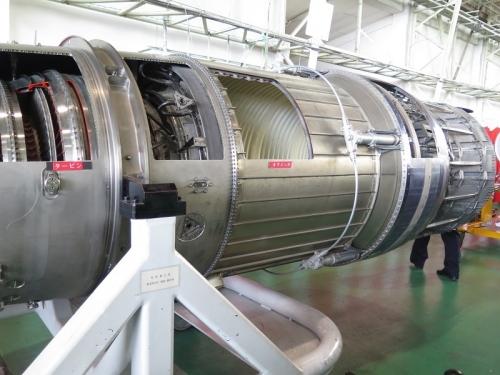 エアフェスタ浜松2018 F100-IHI-220E教育用カットモデル