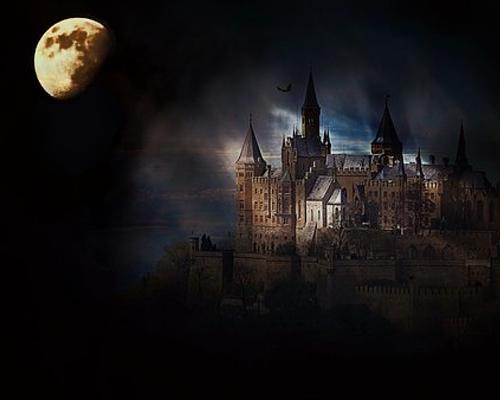 500 怖い城