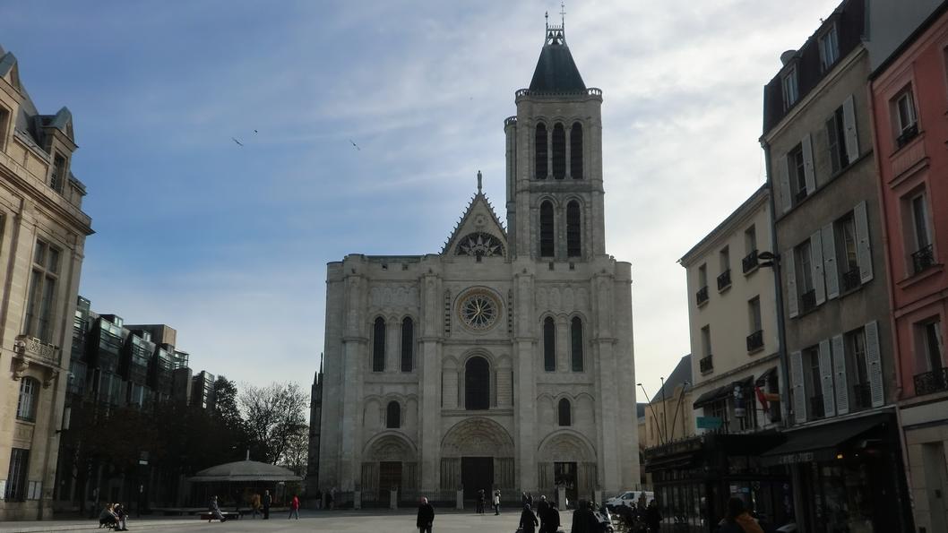 サンドニ大聖堂正面