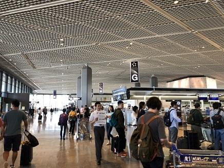10022018 成田空港第一南Wing S2