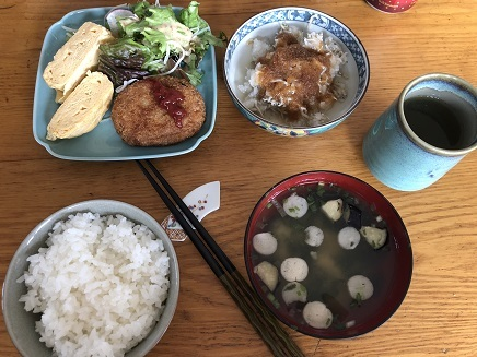 11082018 Lunch ご飯味噌汁 S