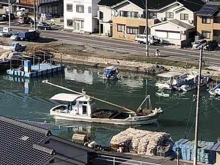 12252018 牡蛎舟 S