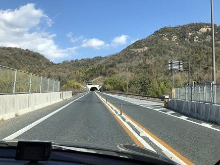 1182019 375号岩山トンネル S2