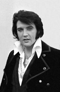 800px-Elvis_Presley_1970_2019010309370266e.jpg