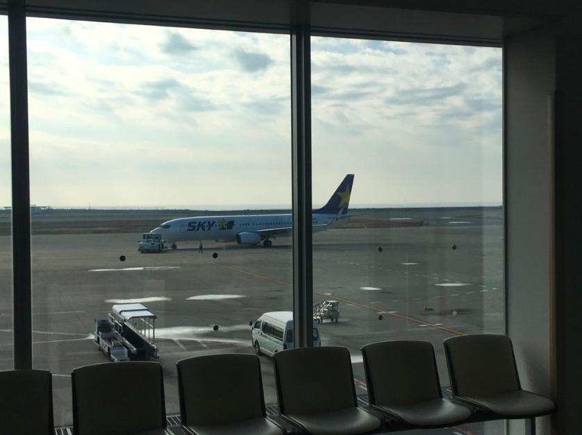 20190129神戸空港待合
