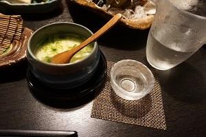 カマンベールの茶わん蒸しと日本酒