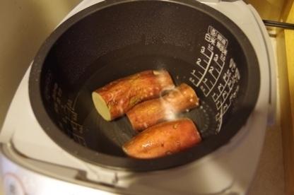 炊飯器 3