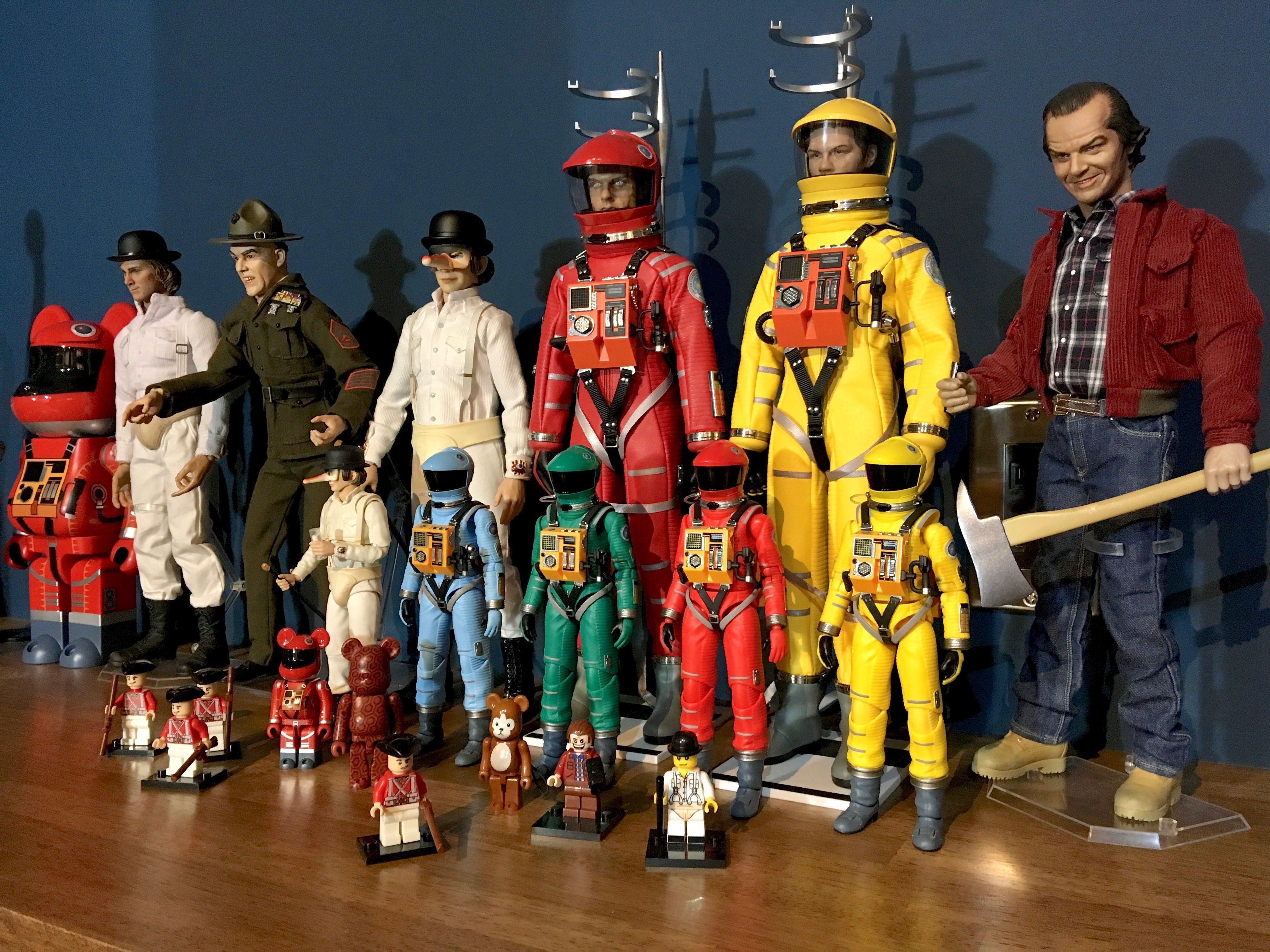 「2001年宇宙の旅」メディコム・トイのMAFEX スペーススーツアクションフィギュア、グリーンVre.