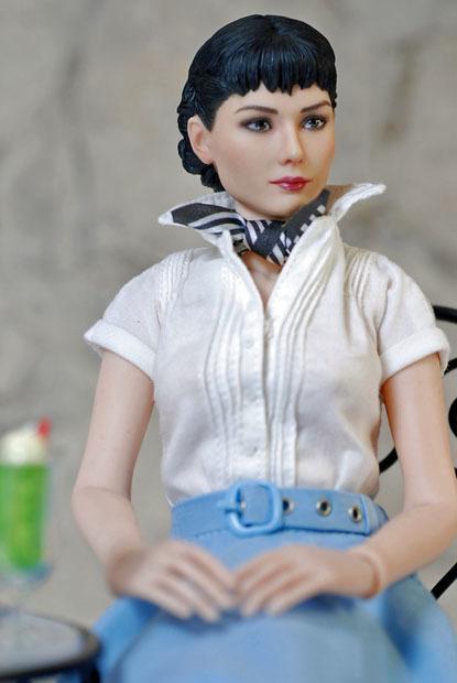 Audrey Hepburn0128