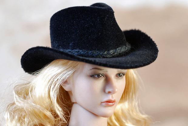 Cowgirl0014.jpg