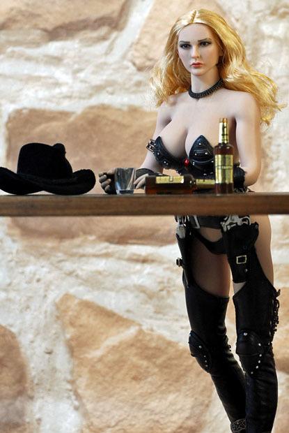 Cowgirl0104.jpg