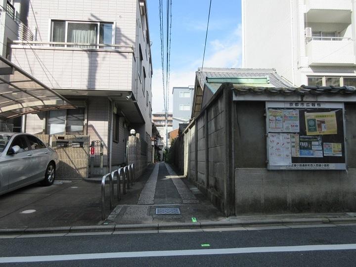 606-15.jpg