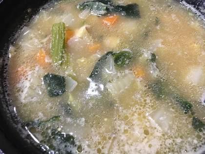 野菜たっぷりお味噌汁