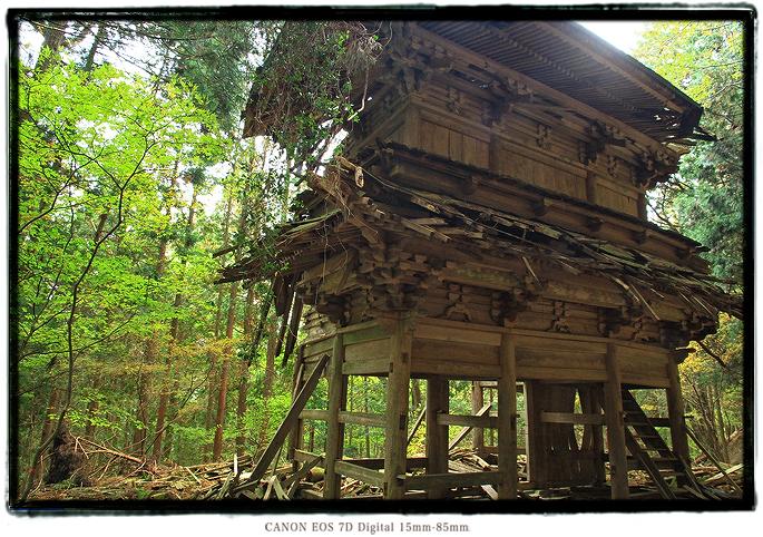 子馬寺廃墟1810ruinedtemple012.jpg