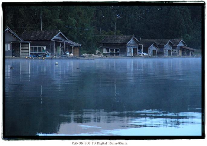 加茂湖舟小屋1810sado0246.jpg
