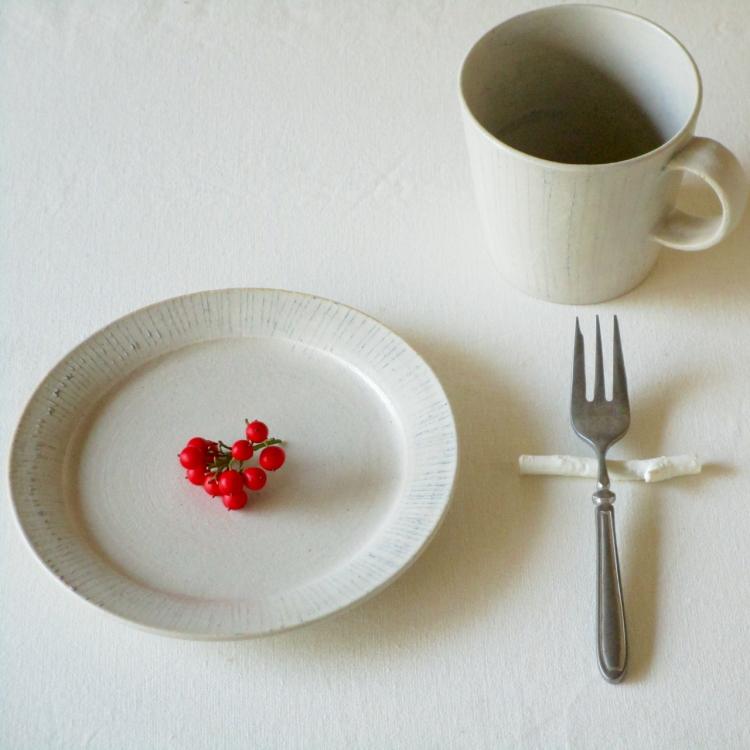 鈴木美佳子/マグカップ 白線、皿