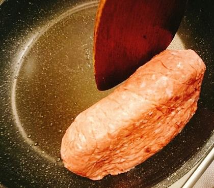 堺一馬特製豚肉抜きハンバーグ8