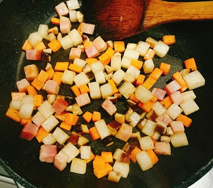 角切り具材のラーメン炊き込みご飯2