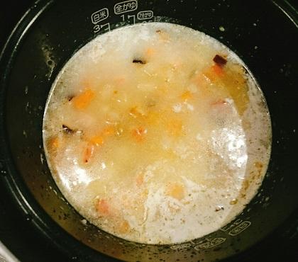角切り具材のラーメン炊き込みご飯6