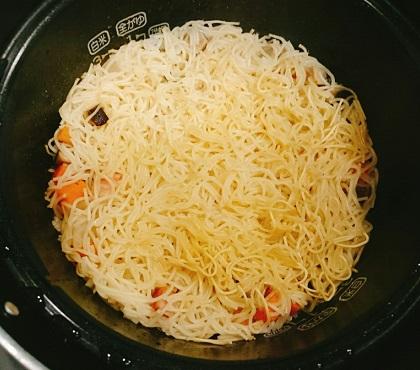 角切り具材のラーメン炊き込みご飯8