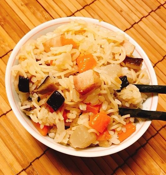 角切り具材のラーメン炊き込みご飯11