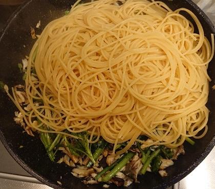 サバと春菊のスパゲッティ8