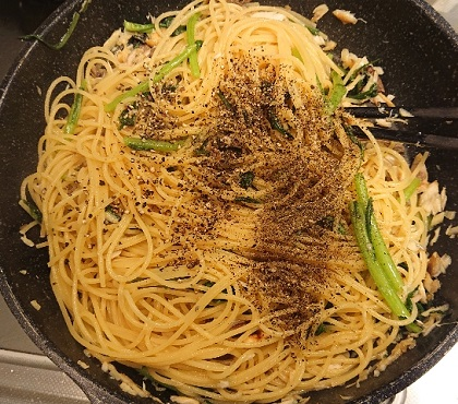 サバと春菊のスパゲッティ9