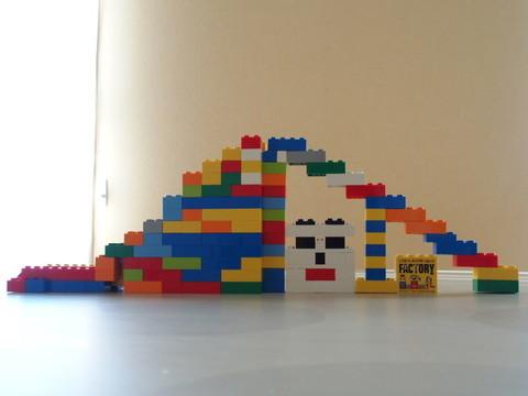 レゴブロックで滑り台