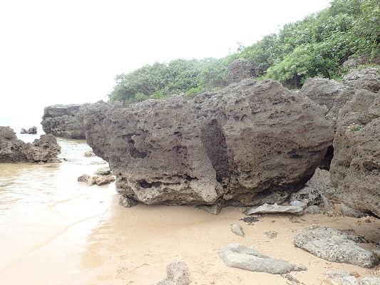 海辺の岩西表20181019