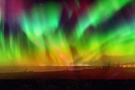 虹のオーロラ
