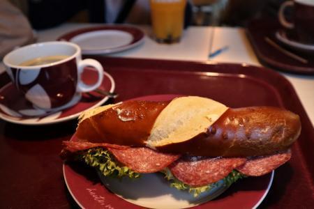 ドイツ パン朝食3