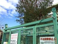 IMG_181120_2315 住宅地の粗ゴミ置き場に設置されていた防犯カメラ2基_VGA