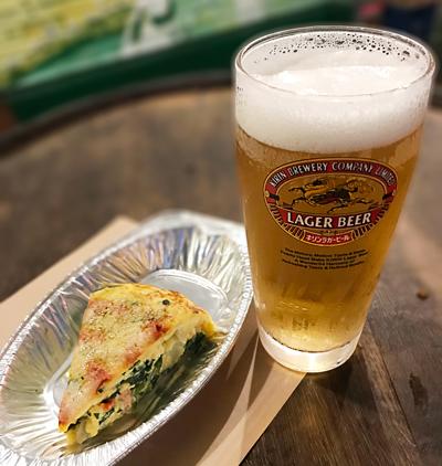 8_フリッタータと生ビール