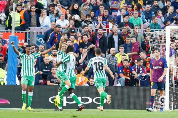 18-19_J12_Barcelona-Betis01s.jpg